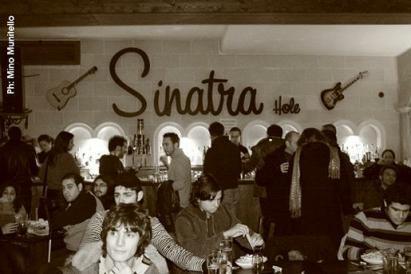 LIBERO LIVE AL SINATRA HOLE